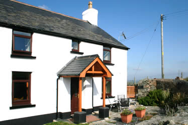 Farmhouse self catering accommodation North Wales